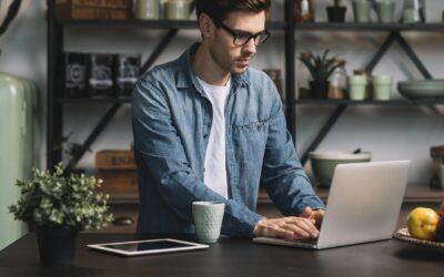 Skrivebordsguide: Lev længere med et hæve sænkebord